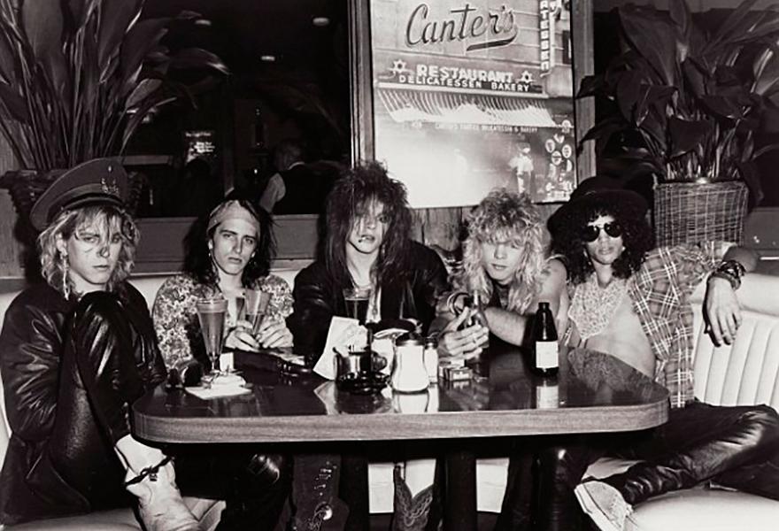 Guns N' Roses - Curiosidades - Geffen